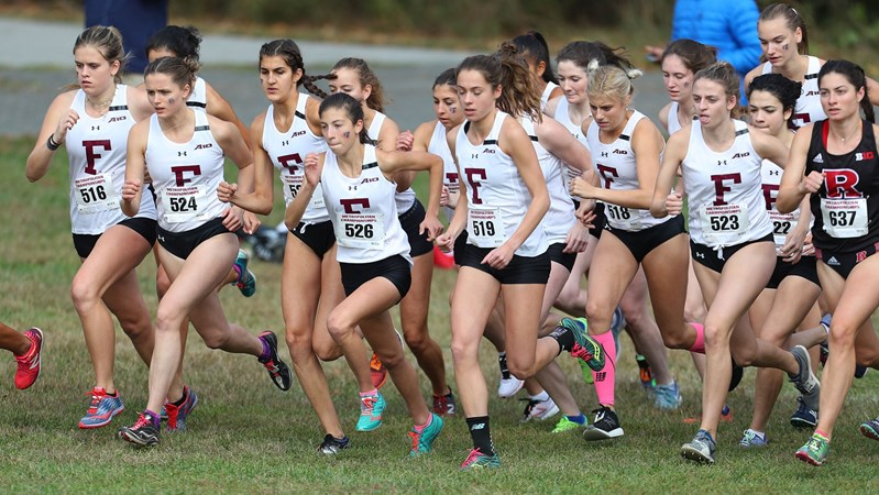 Women's Cross Country Takes Second Metropolitan Championship