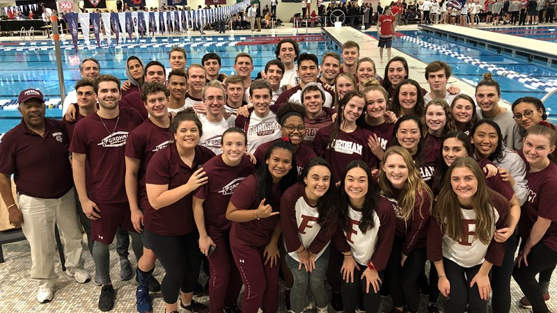 Swimming & Diving Earns CSCAA Scholar All-America Team Honors